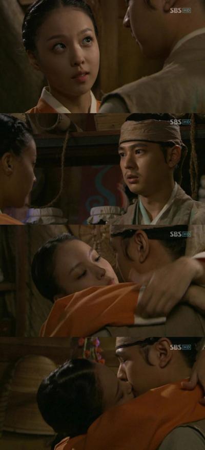 [깜짝포토] '바람의 화원' 유연지-이준 키스