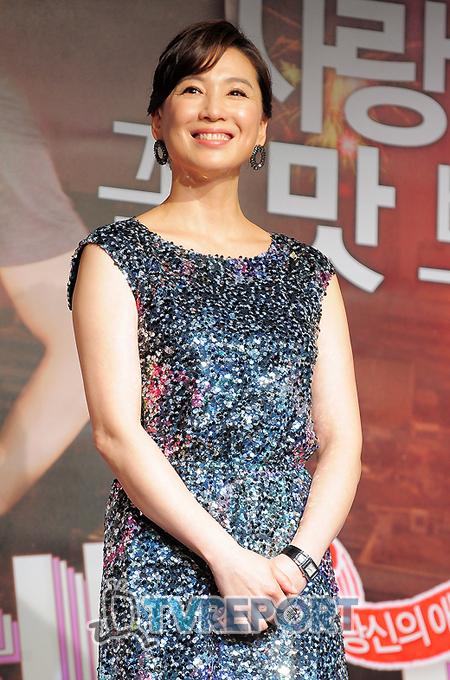 [T포토] 심혜진 '독특한 성적취향을 가진 여자랍니다!'