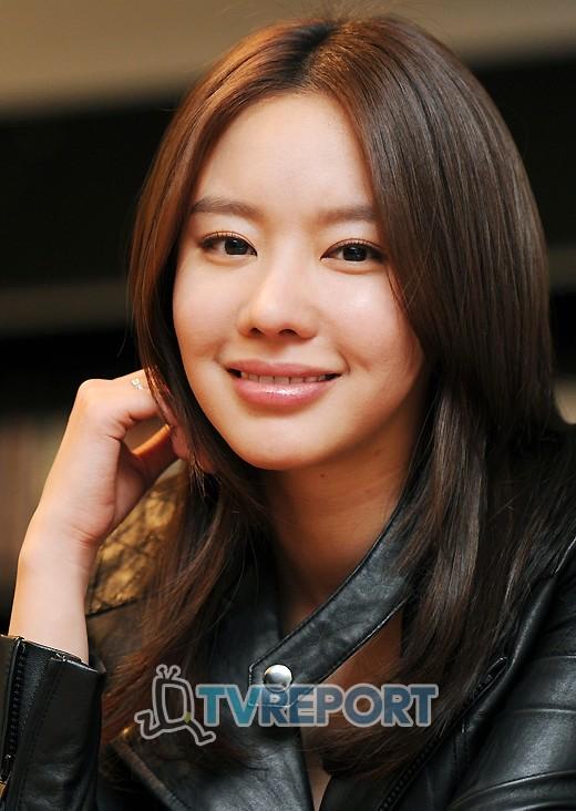 [T포토] 김아중 '미소가 아름다운 그녀'