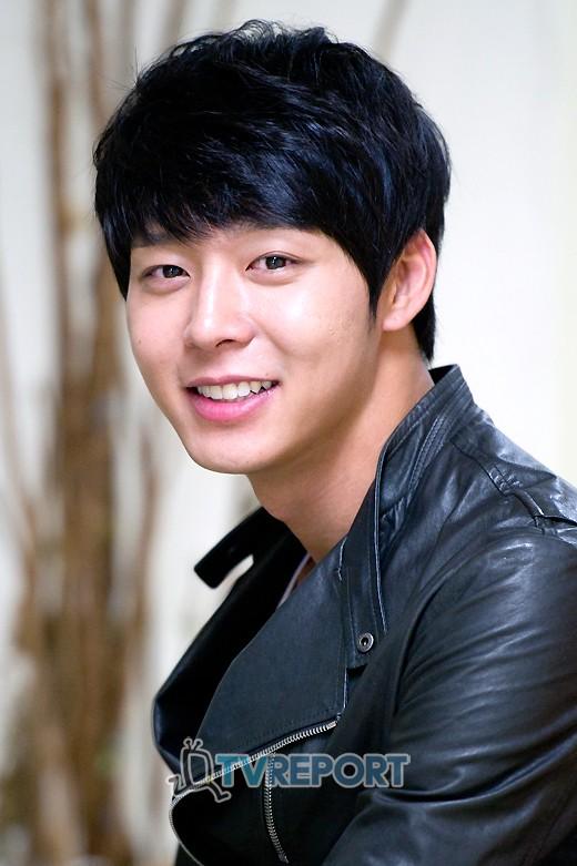 "JYJ 박유천, 서울 대표 한류스타 1위 선정 ""부드러운 매력 통했네"""