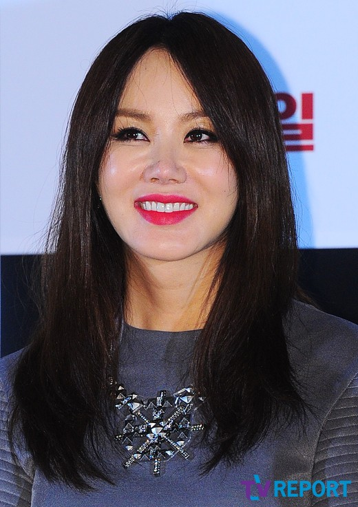 """'몽타주' 엄정화 """"지난해부터 불우한 어린이 결연 맺고 있다"""""""