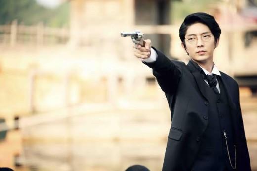 '조선총잡이' 이준기, 칼잡이가 총을 들게 된 사연