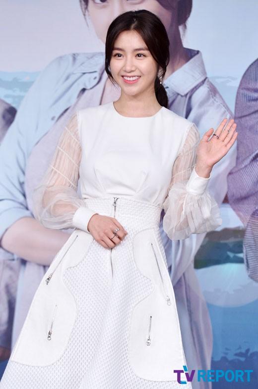 [단독]'씨엔블루 뮤즈' 서이안, KBS1 '우리집 꿀단지' 여주…재벌상속녀 役