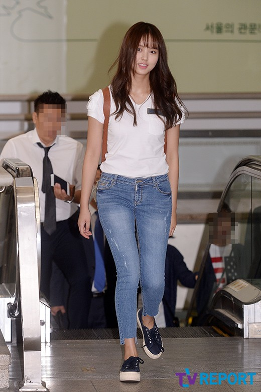 [T포토] 김소현 '들뜬 기분을 감출 수 없어'