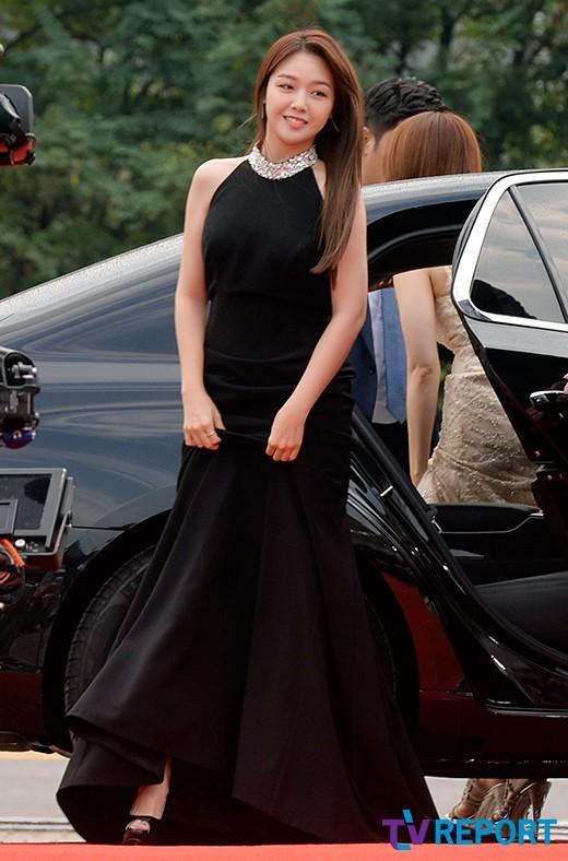 [T포토] 민아 '우아한 블랙 드레스'
