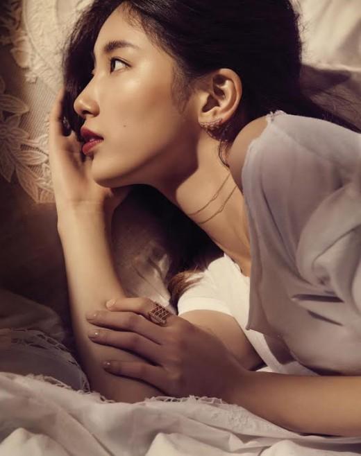 """""""압도적 관능미""""…수지 탐나는 미모[화보]"""