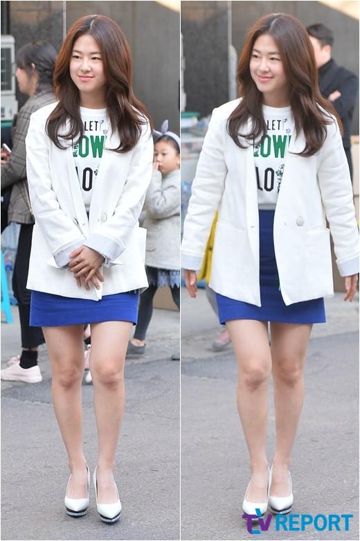 [T포토] 박혜수 '공손한 발걸음'