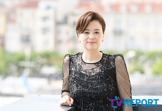 [T포토-인터뷰] '기생충' 장혜진 '우아한 여신 미모'