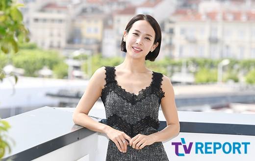 [T포토-인터뷰] '기생충' 조여정 '칸에서도 자체발광 비주얼'