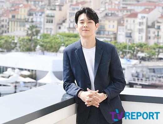 [T포토-인터뷰] '기생충' 최우식 '미소년 비주얼'