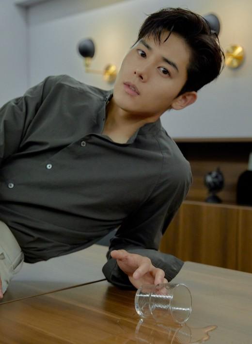 """김동준 """"벤 신곡 피처링 깜짝 참여…수정 녹음만 3번"""" [인터뷰③]"""