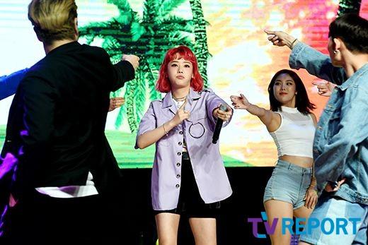 [T포토] 키썸 '어깨춤 들썩'