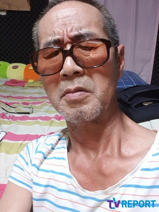 """[단독] '3년째 투병' 찰리박 """"쓰러진 것도 내 잘못…누굴 탓하겠소""""(인터뷰)"""