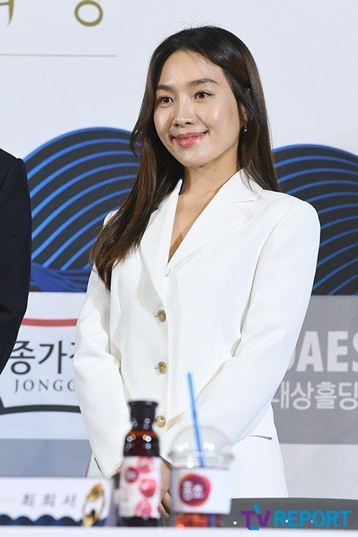 """최희서, 9월말 결혼 발표 """"예비신랑은 비연예인…비공개 결혼식""""[공식]"""