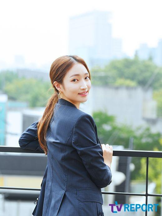 [T포토-인터뷰] 지혜원 '싱그러운 꽃미소'