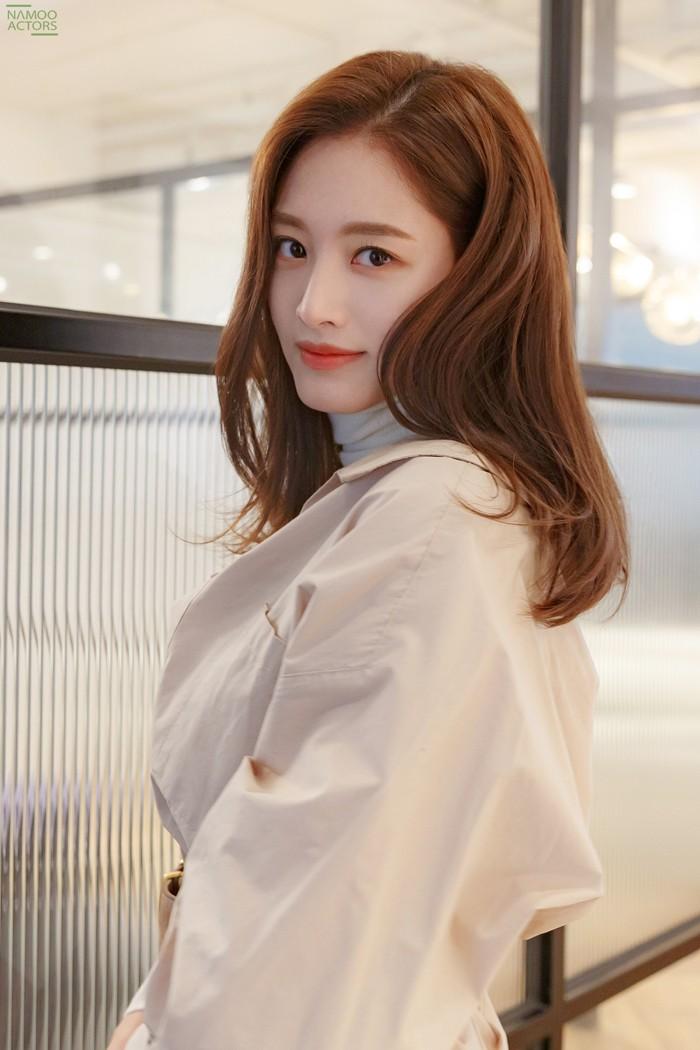 """""""언제나 '무지개'같은 사람이고파"""" 레인보우 리더·배우, 그리고 김재경 [인터뷰]"""