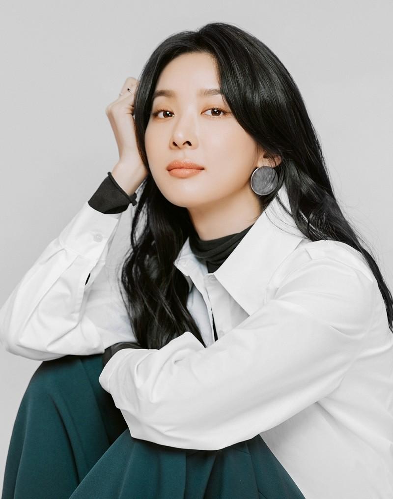 이청아, EBS 라디오 '뮤지엄 에이로그' DJ 발탁 [공식]