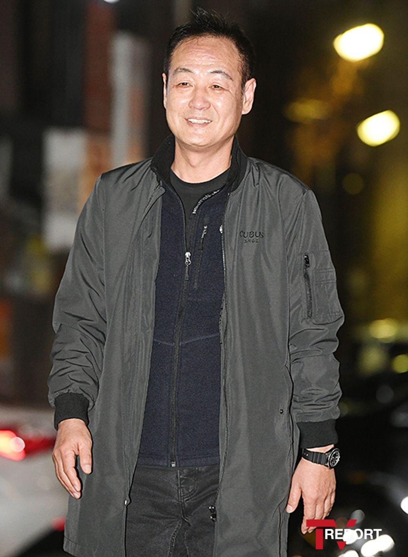 [T포토] 이얼 '감독님 카리스마'
