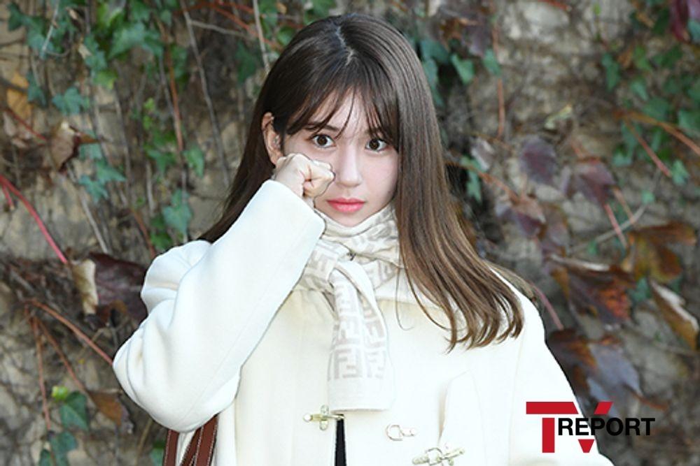 """전소미 슈퍼카 둘러싼 뜨거운 관심…""""늑장 대응이 문제 vs 능력껏"""" [이슈리포트]"""