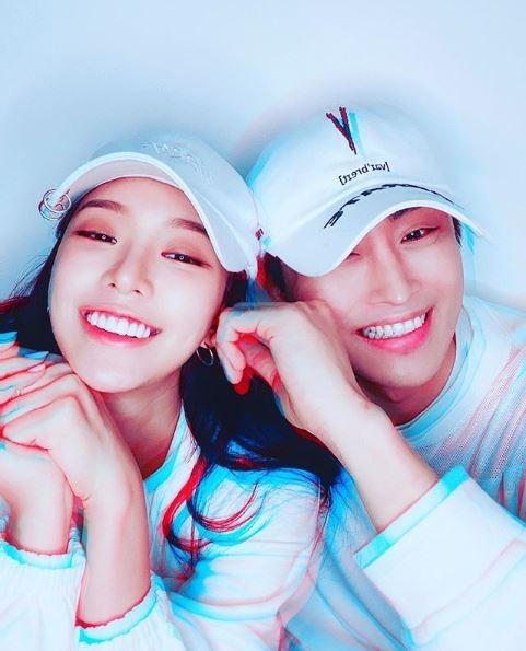 """맥시마이트♥이시아, 열애 화끈 고백...""""잘 어울려요!"""" 축복 봇물 [종합]"""