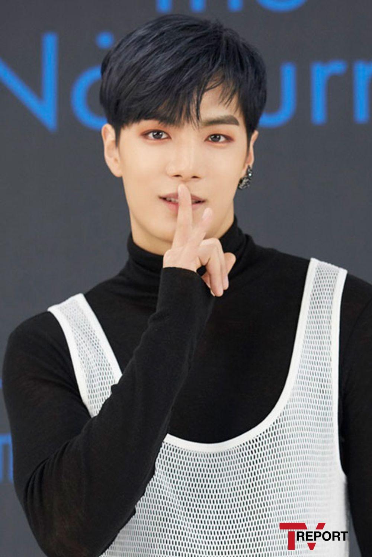 [T포토] JR '보석 같은 눈빛'