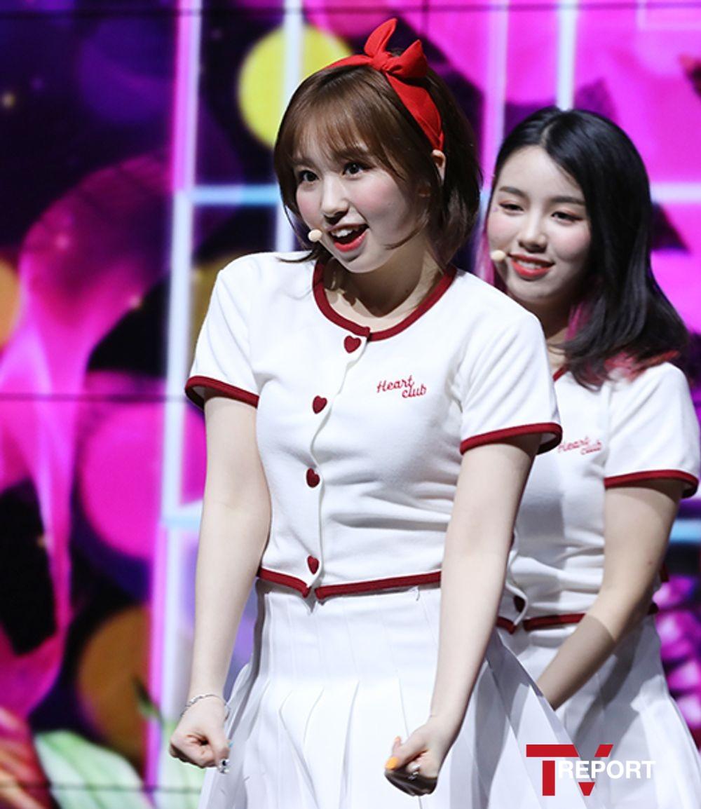 [T포토] 우아 사카다 소라 '치명적인 귀요미 매력'