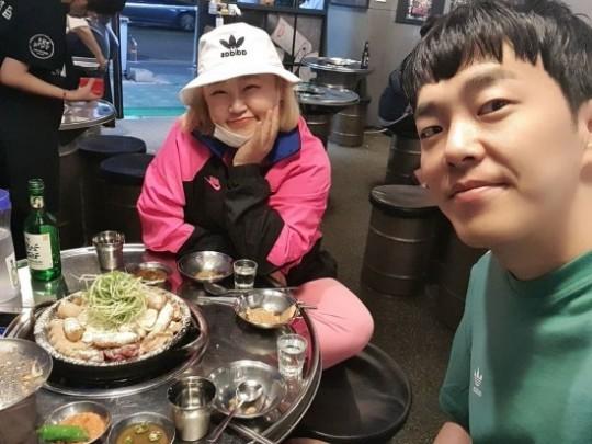 """홍윤화, '♥김민기'와 곱창데이트 """"어쩔 수 없이 먹는 중..."""""""