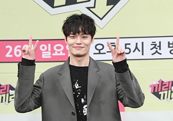 """'라디오쇼' 정혁 """"수입의 90%저축, 지하방→화장실 딸린 집에 행복"""""""