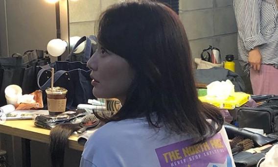 '김우빈♥' 신민아, 일상사진도 세젤예 미모 '넘치는 청순美'