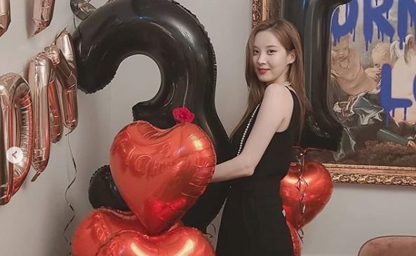 """소녀시대 서현, 물오른 고혹미 """"티파니 언니 생파에서""""[리포트:컷]"""