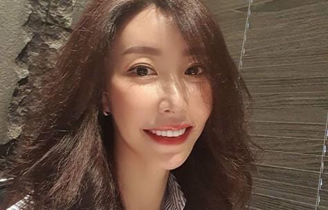 성현아, 40대 나이 무색한 세월 역주행 인형미모 [리포트:컷]
