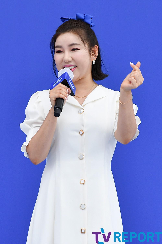 [T포토] 송가인 '이건 내 마음이어라'