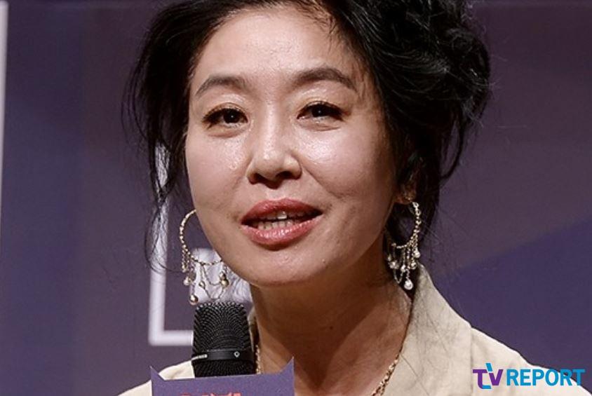 김부선의 미혼모 삶 고백 '딸 이미소에 과연 득일까' [이슈 리포트]