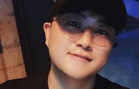 """김호중, 훈남 비주얼로 전한 대체 복무 근황 """"인생 공부"""" [리포트:컷]"""