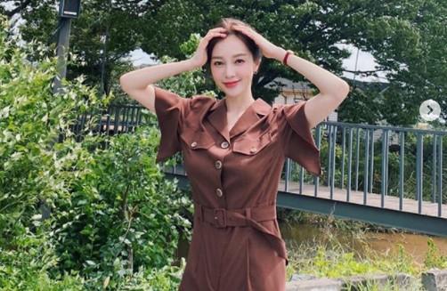 """아유미, 과즙미 뽐내며 홍보요정 변신 """"미모는 열일중"""" [리포트:컷]"""
