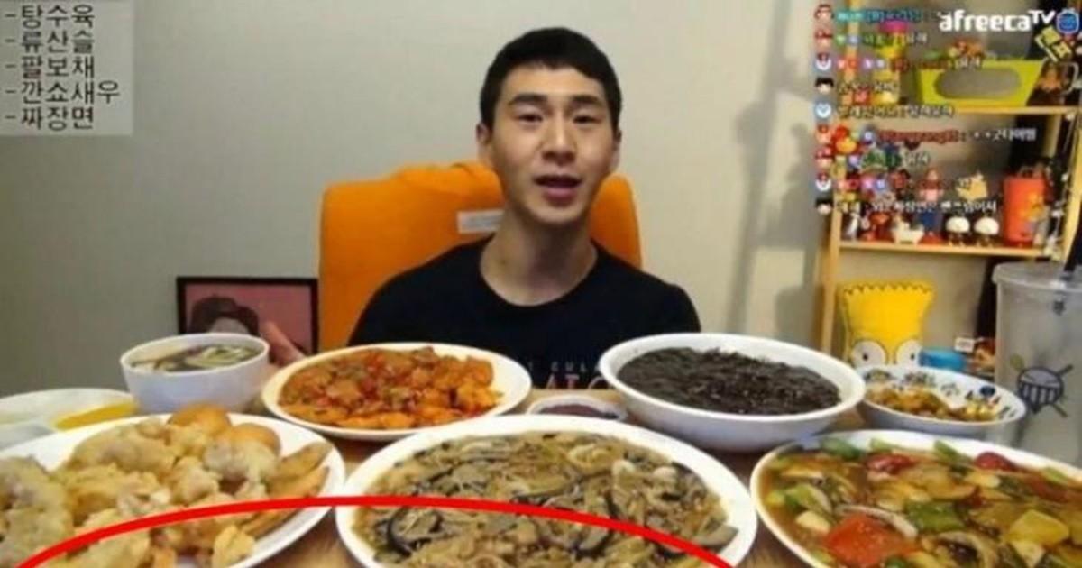 """""""차라리 뒷광고를 해라"""" 밴쯔, 먹방 영상 1개에 광고만 20개"""