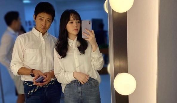 최수종♥하희라, 딸 최윤서 사진 공개... 당장 연예인 해도 될 미모 [리포트:컷]
