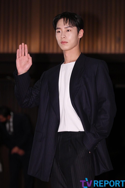 [T포토] 이재욱 '시선집중 잘생김'