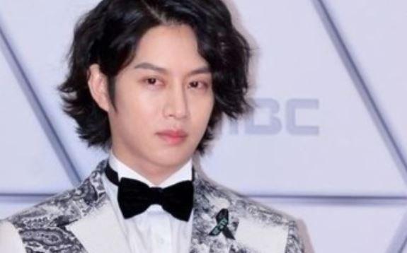 김희철, 가세연의 저격·악플 이어지자 '반격'