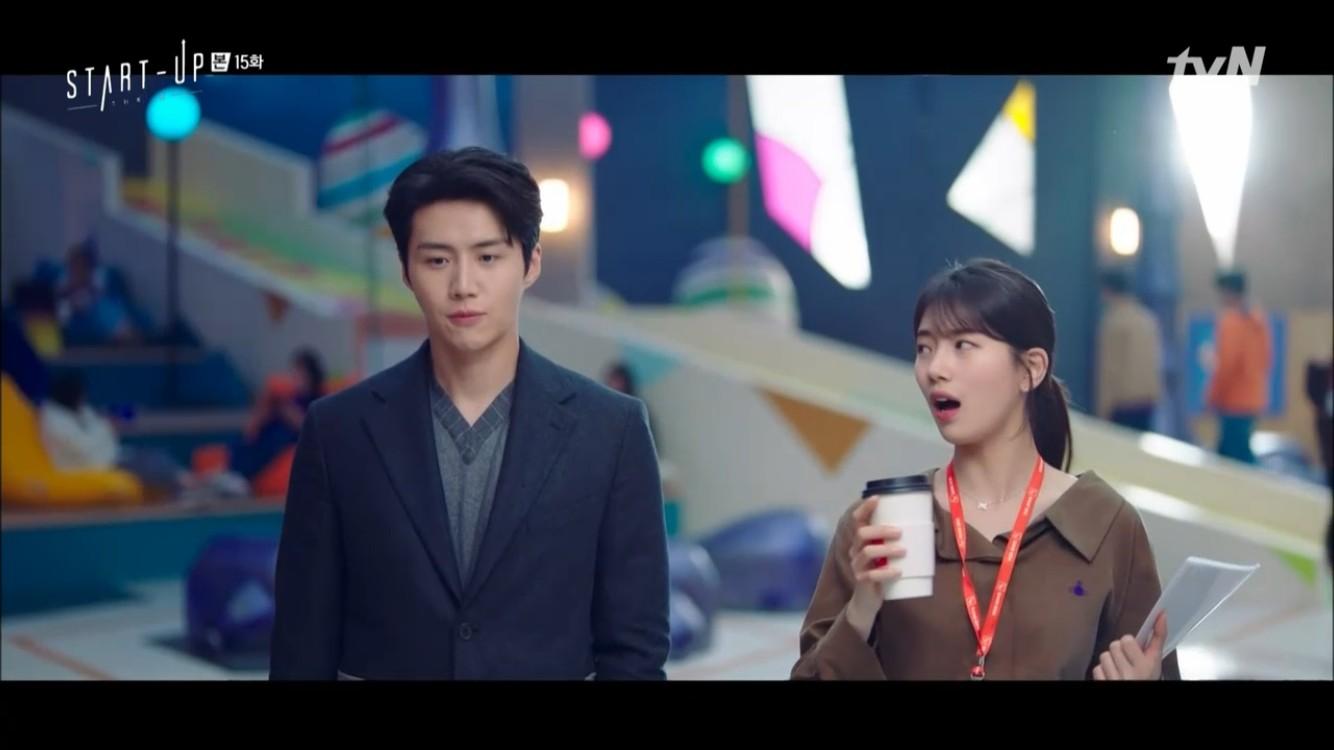 '스타트업' 남주혁X김선호, 배수지와 함께 갇힌 엘리베이터에서 날선 신경전