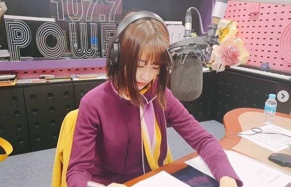 """'씨네타운' 박하선 """"아이와 반신욕 하며 라디오 듣기도"""" 행복 일상"""