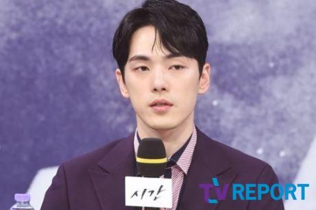 """""""변명의 여지 없이 사죄""""…김정현, 자필 사과 [전문]"""