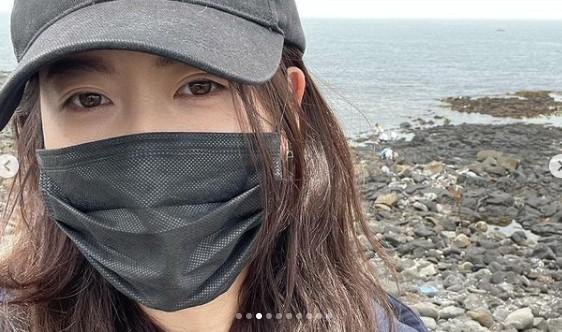 고아라, 바닷가 밝히는 인형 미모 '러블리' [리포트:컷]