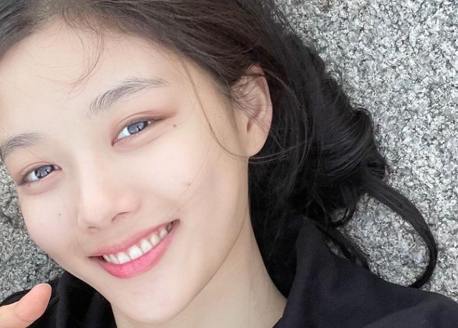 김유정, 오늘도 열일하는 '청순 미모' [리포트:컷]