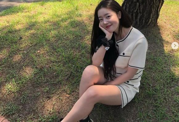 한선화, 꽃미소로 뽐낸 청순 미모 '매일이 리즈' [리포트:컷]