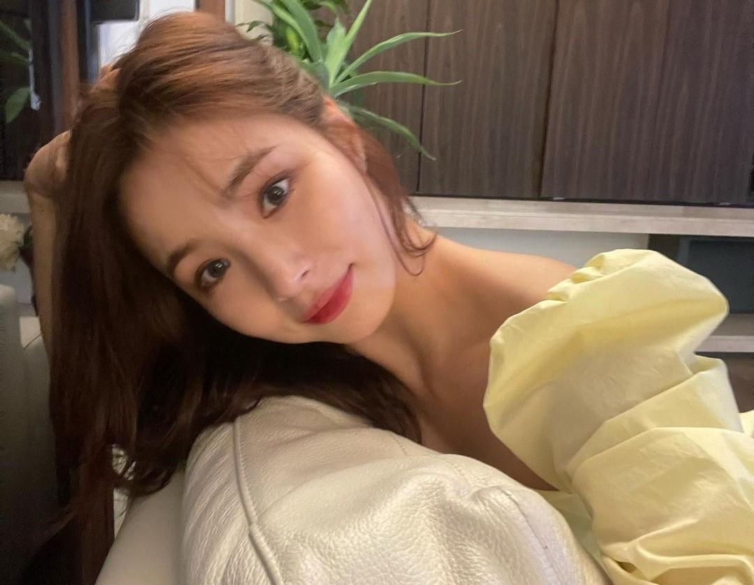 """신세경, 천상계 미모…문근영도 감탄 """"아 예뻐 공주같아"""""""