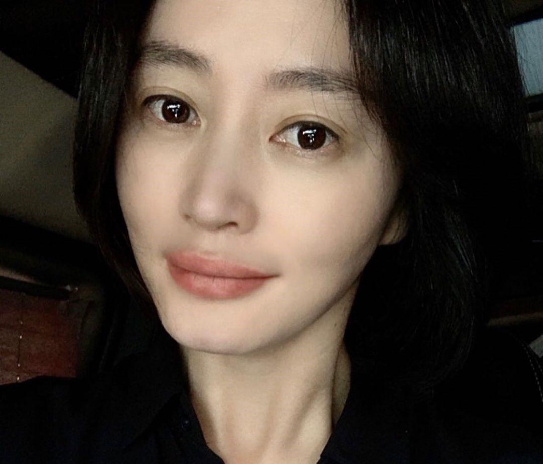 김혜수, 청초한 아름다움…독보적 여신 미모 [리포트:컷]
