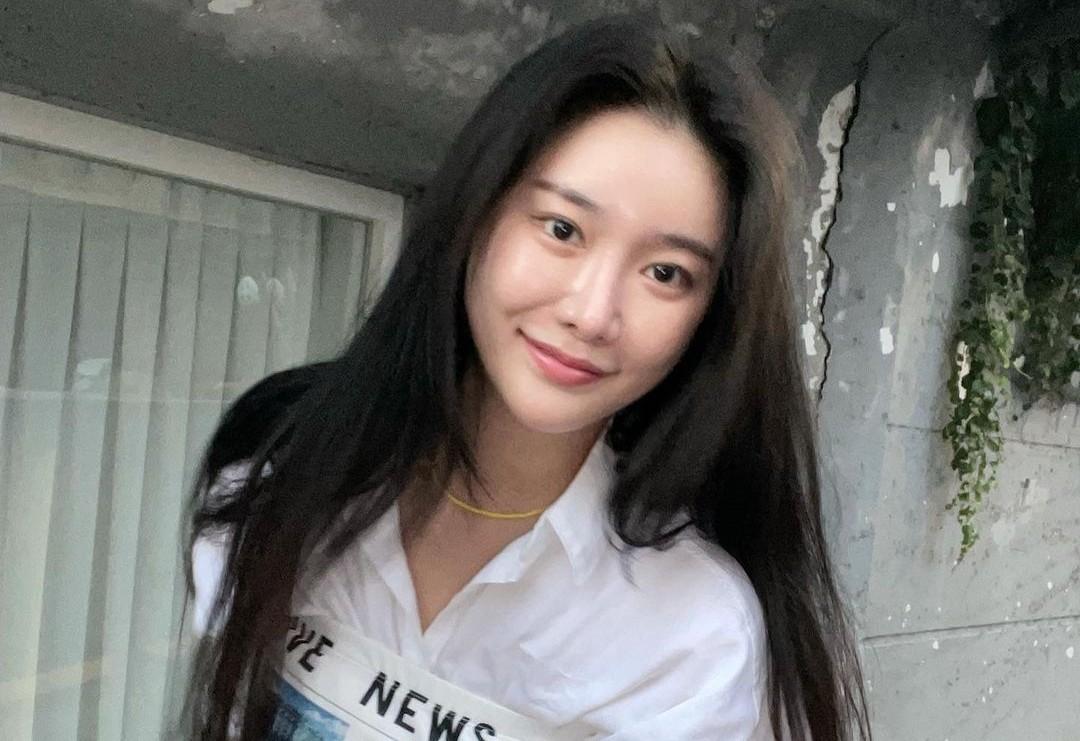 브레이브걸스 민영, 한줌 허리에 완벽한 비율…청순 여신美 [리포트:컷]