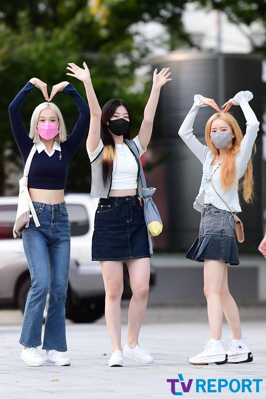 [T포토] 재이-세은-시은 '팬들에게 보내는 사랑~'