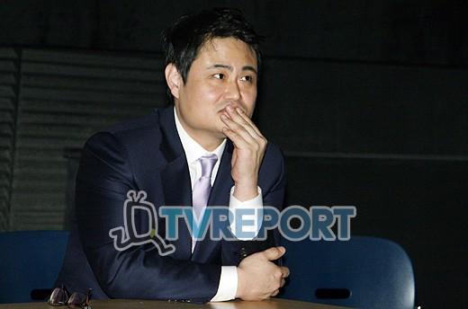 [T포토] 김진수, '무슨 질문이 나올까?'